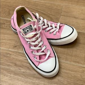 WORN ONCE CONVERSE